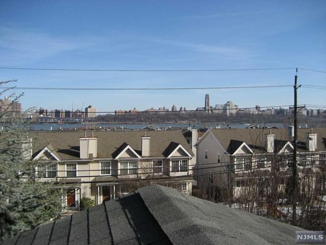 296C Undercliff Ave C, Edgewater, NJ 07020 (MLS #1737967) :: William Raveis Baer & McIntosh
