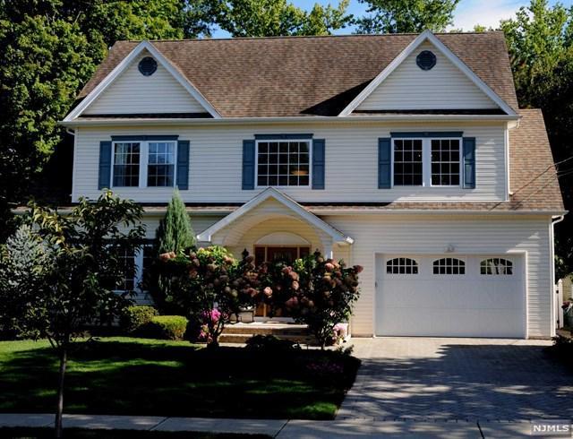 358 Oak Ave, River Edge, NJ 07661 (#1738454) :: RE/MAX Properties