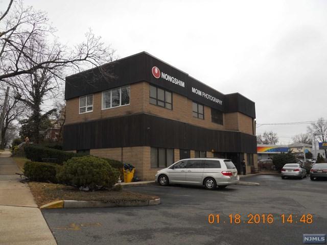 Ridgefield, NJ 07657 :: Group BK