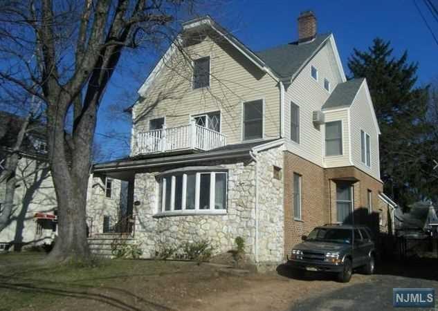 481 Broad Ave, Leonia, NJ 07605 (MLS #1739134) :: William Raveis Baer & McIntosh