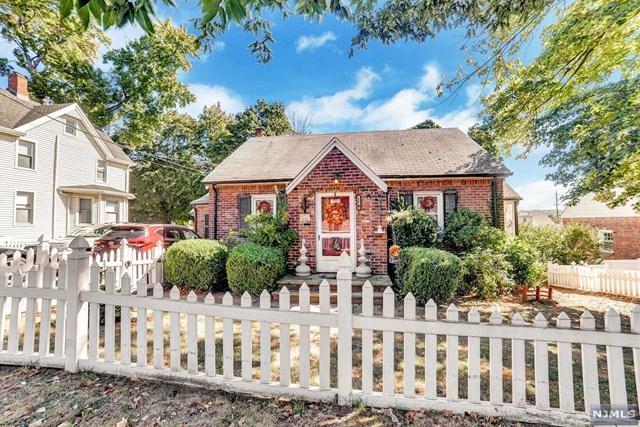 154 Kinderkamack Rd, River Edge, NJ 07661 (#1739285) :: RE/MAX Properties