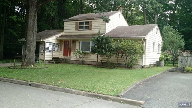 197 Dyer Ave, Emerson, NJ 07630 (MLS #1739530) :: William Raveis Baer & McIntosh