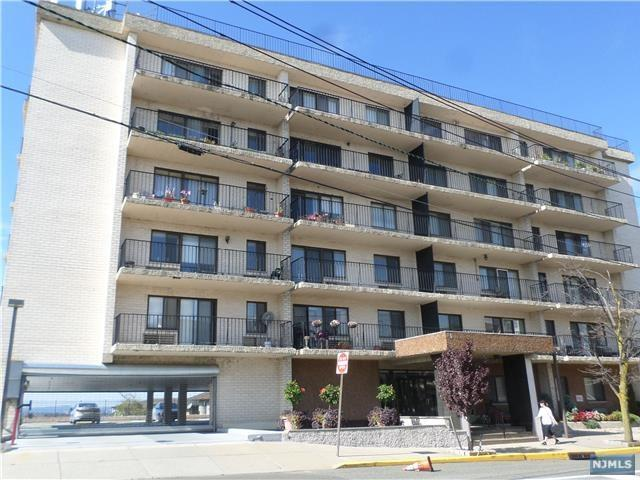233 12th St 2A, Palisades Park, NJ 07650 (#1739531) :: Group BK