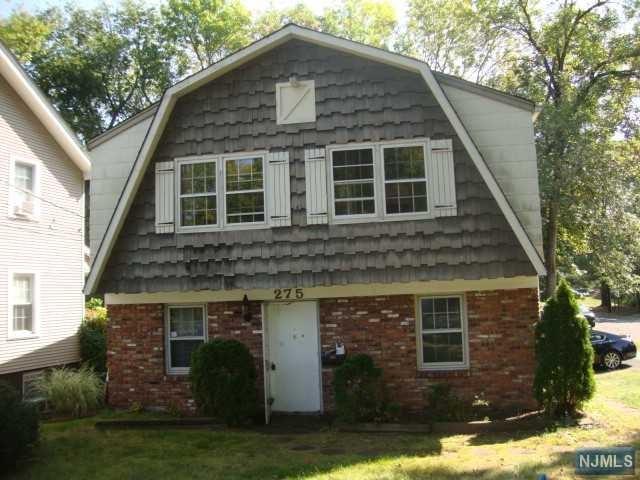275 4th Ave, Westwood, NJ 07675 (MLS #1739812) :: The Dekanski Home Selling Team