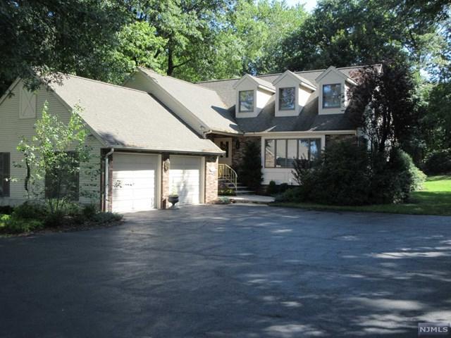 9 Forest Ave, Emerson, NJ 07630 (MLS #1740402) :: William Raveis Baer & McIntosh