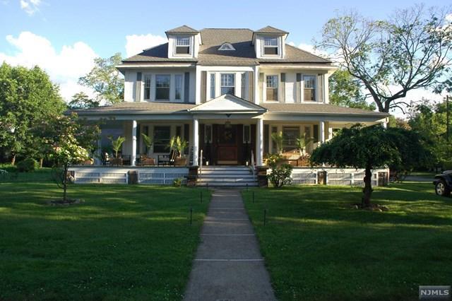406 Ivy Ave, Haworth, NJ 07641 (MLS #1740549) :: William Raveis Baer & McIntosh