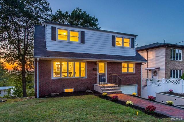 777 Oakwood Ln, Ridgefield, NJ 07657 (#1740661) :: Group BK