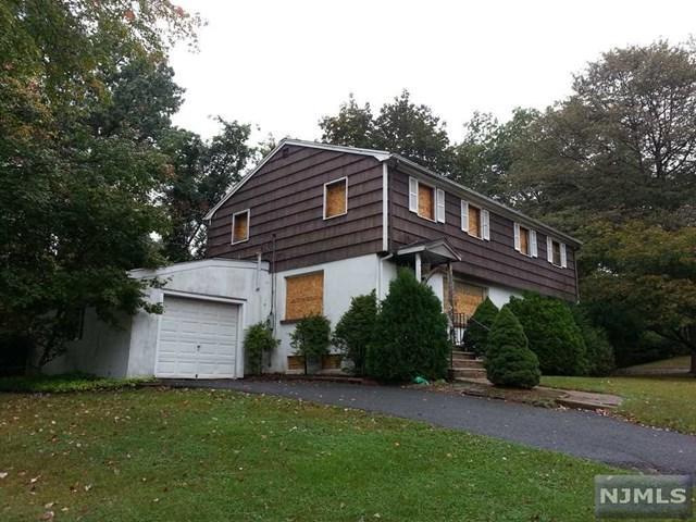 200 Park Ave, Park Ridge, NJ 07656 (MLS #1740680) :: The Dekanski Home Selling Team