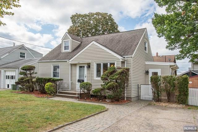 165 Willard Ave, Totowa, NJ 07512 (MLS #1740881) :: The Dekanski Home Selling Team