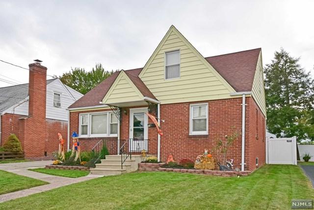 59 Tracy Ave, Totowa, NJ 07512 (MLS #1741051) :: The Dekanski Home Selling Team