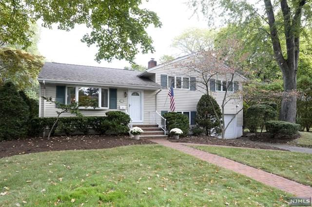 3 Linden Rd, Ho-Ho-Kus, NJ 07423 (#1741286) :: RE/MAX Properties