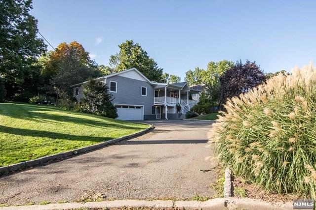 426 Calvin St, Twp Of Washington, NJ 07676 (MLS #1741307) :: The Dekanski Home Selling Team