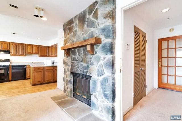142-148 Main Ave 3A, Passaic, NJ 07055 (MLS #1741354) :: The Dekanski Home Selling Team