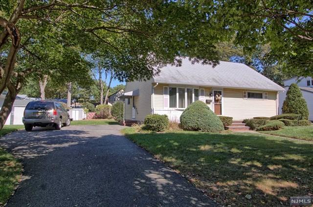 573 Green Valley Rd, Paramus, NJ 07652 (#1741517) :: RE/MAX Properties