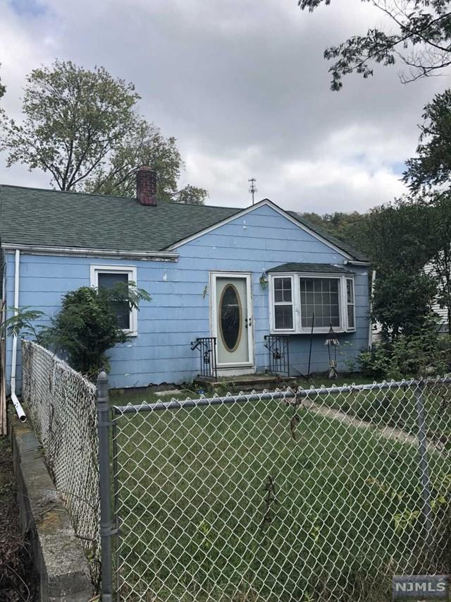 101 Jefferson St, Wanaque, NJ 07420 (MLS #1741545) :: The Dekanski Home Selling Team