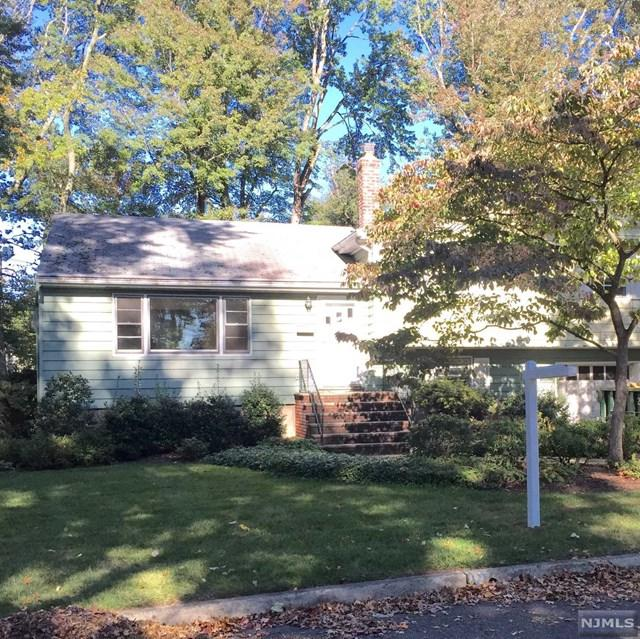 246 Woodfield Rd, Twp Of Washington, NJ 07676 (MLS #1741630) :: The Dekanski Home Selling Team