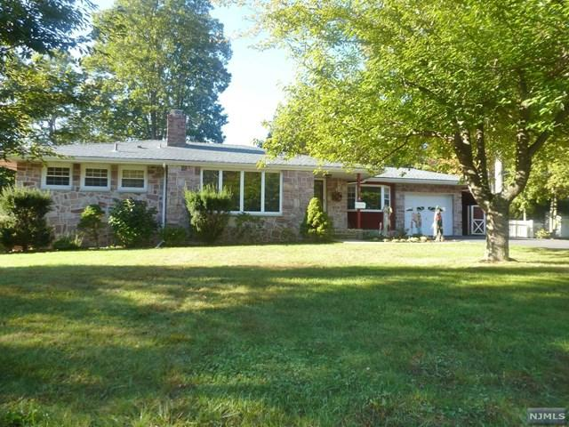38 Hillside Dr, Bloomingdale, NJ 07403 (#1741998) :: Group BK