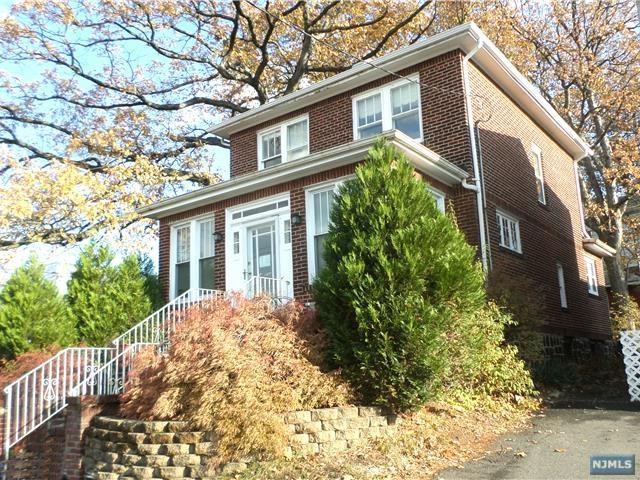 630 Bergen Blvd, Ridgefield, NJ 07657 (#1744630) :: Group BK