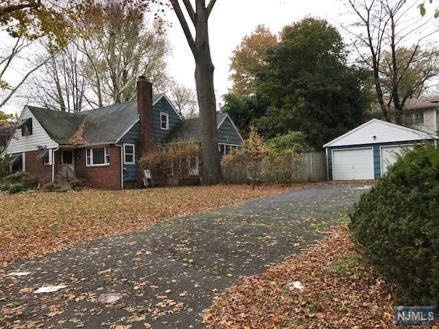 124 Harrison St, Haworth, NJ 07641 (MLS #1744956) :: William Raveis Baer & McIntosh