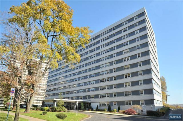 280 Prospect Ave 1L, Hackensack, NJ 07601 (#1745231) :: RE/MAX Properties