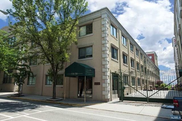 518-536 Gregory Ave C401, Weehawken, NJ 07086 (MLS #1745330) :: The DeVoe Group