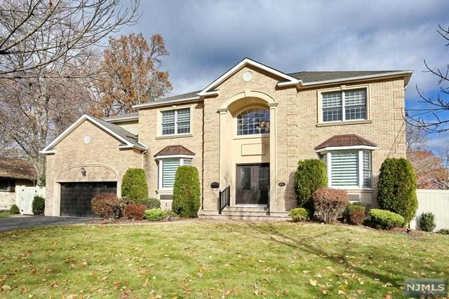 225 Fredrick Street, Paramus, NJ 07652 (#1746005) :: RE/MAX Properties