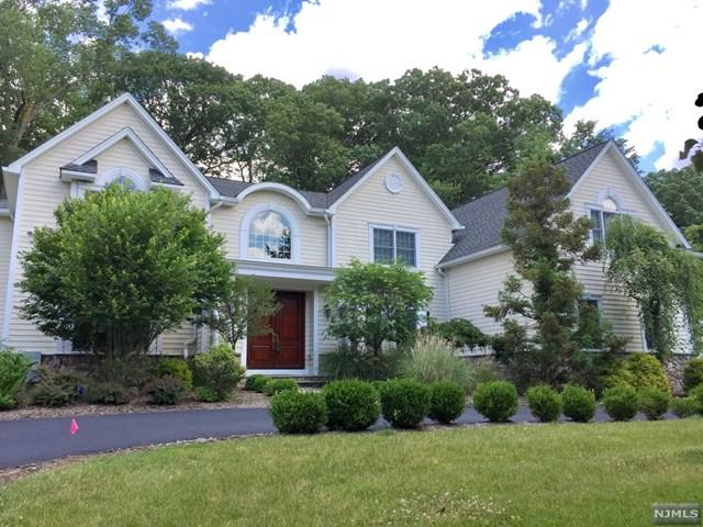 41 Old Stone Church Road, Upper Saddle River, NJ 07458 (#1746849) :: RE/MAX Properties