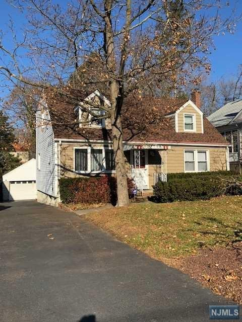 191 Everett Place, Englewood, NJ 07631 (MLS #1747505) :: William Raveis Baer & McIntosh
