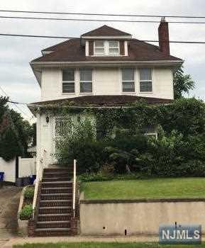 803 Elm Avenue, Ridgefield, NJ 07657 (#1747561) :: Group BK