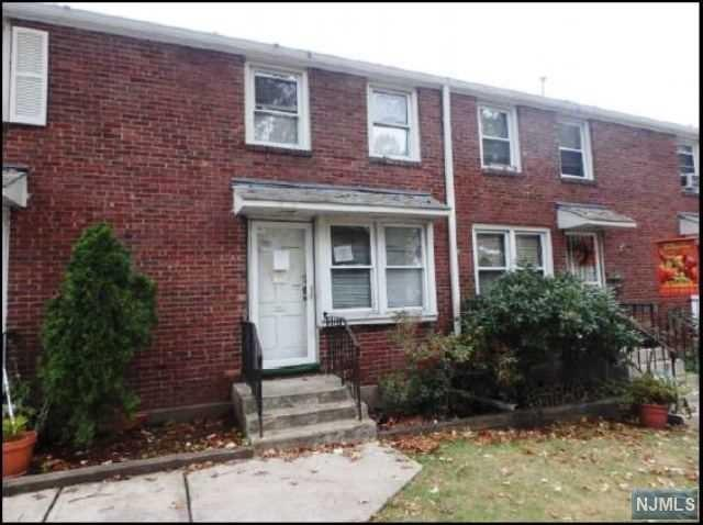 130 Glenbrook Parkway 4B, Englewood, NJ 07631 (MLS #1747832) :: William Raveis Baer & McIntosh