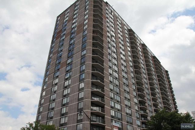 770 Anderson Avenue 4N, Cliffside Park, NJ 07010 (MLS #1747875) :: William Raveis Baer & McIntosh