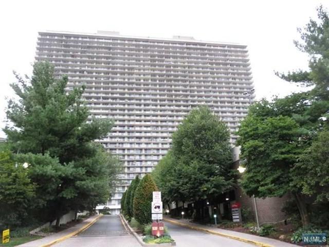 1530 Palisade Avenue 19F, Fort Lee, NJ 07024 (MLS #1748128) :: William Raveis Baer & McIntosh