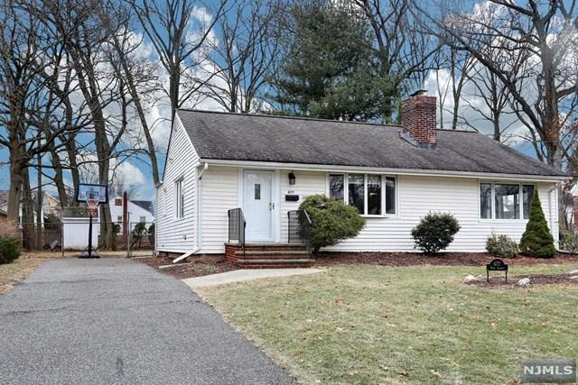 677 Park Avenue, Oradell, NJ 07649 (#1802019) :: RE/MAX Properties