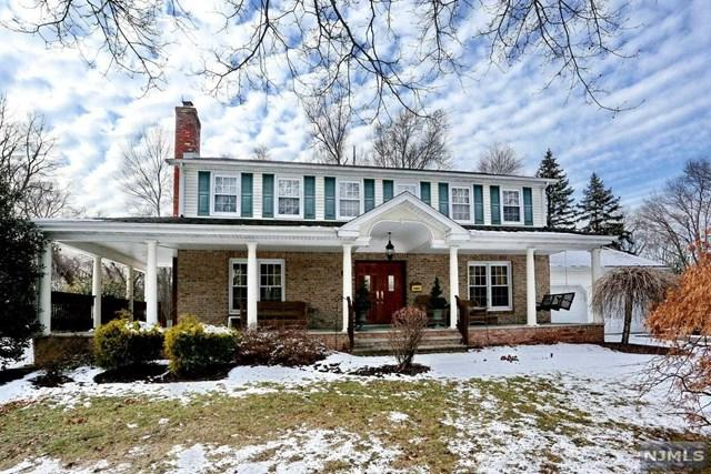 2 Carlton Lane, Harrington Park, NJ 07640 (MLS #1802289) :: William Raveis Baer & McIntosh