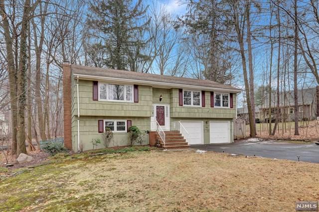 52 Harriot Avenue, Harrington Park, NJ 07640 (MLS #1802576) :: William Raveis Baer & McIntosh