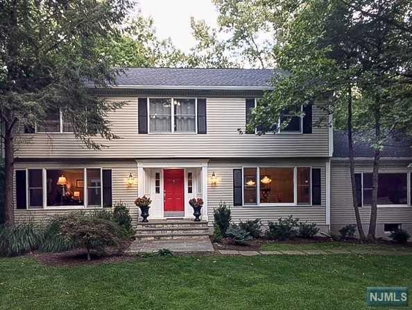 558 W Saddle River Road, Upper Saddle River, NJ 07458 (#1804078) :: RE/MAX Properties