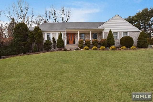33 Carlough Road, Upper Saddle River, NJ 07458 (#1804336) :: RE/MAX Properties