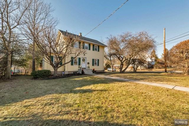 811 Bogert Road, River Edge, NJ 07661 (#1804437) :: RE/MAX Properties