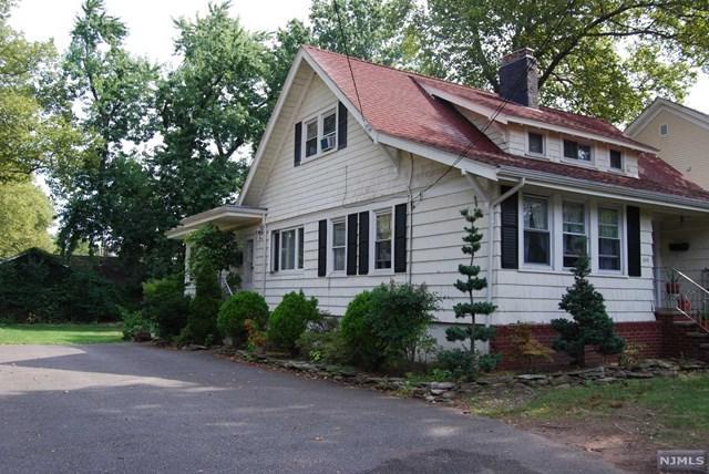 245 Fort Lee Road, Leonia, NJ 07605 (MLS #1805708) :: William Raveis Baer & McIntosh