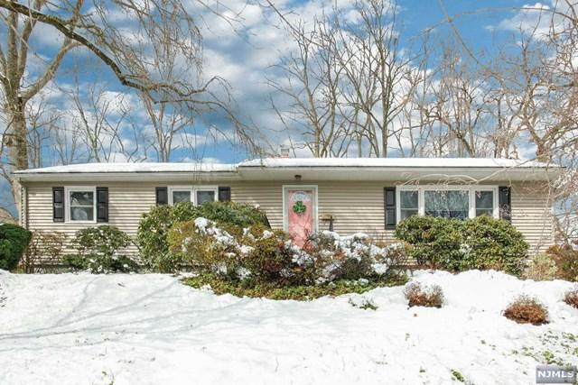 662 Ellen Place, Oradell, NJ 07649 (#1808443) :: Group BK