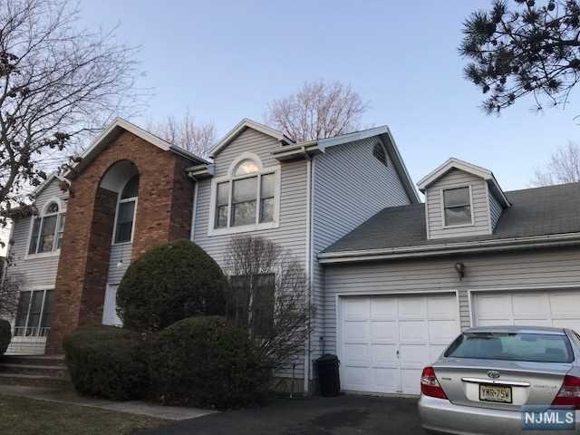 307 Vreeland Avenue, Leonia, NJ 07605 (MLS #1808985) :: William Raveis Baer & McIntosh
