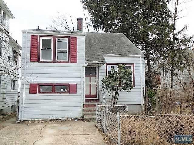 284 N 12th Place, Prospect Park, NJ 07508 (#1809313) :: Group BK