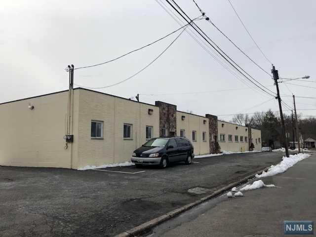 1033 River Road, New Milford, NJ 07646 (#1809534) :: Group BK