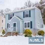 26 Mitchell Avenue, Roseland, NJ 07068 (#1809832) :: Group BK