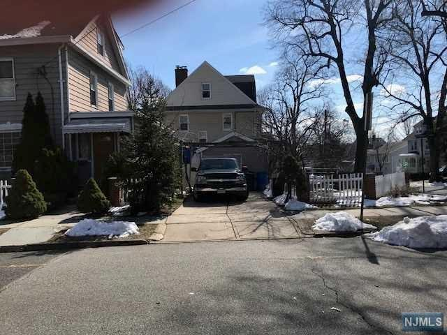 155 Sylvan Street, Rutherford, NJ 07070 (#1809875) :: Group BK
