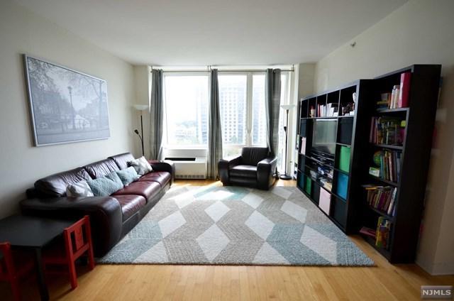 600 12th Street #706, Palisades Park, NJ 07650 (MLS #1810057) :: William Raveis Baer & McIntosh