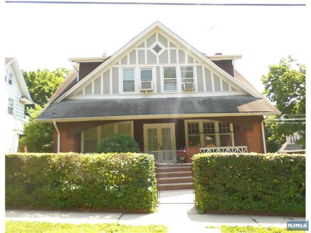 228 Harrison Street, Leonia, NJ 07605 (MLS #1810063) :: William Raveis Baer & McIntosh
