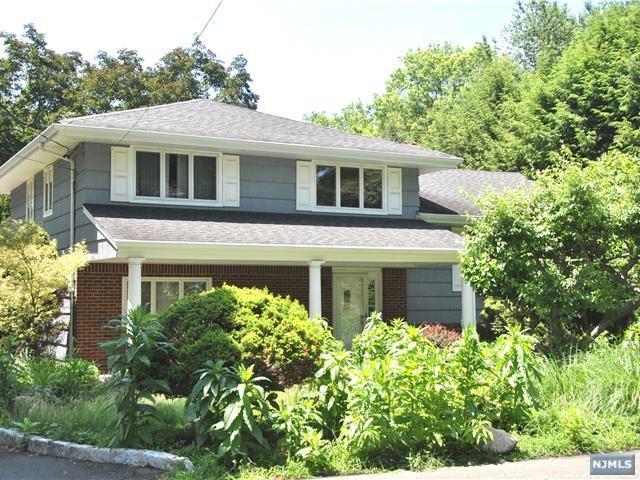 56 Kline Street, Harrington Park, NJ 07640 (MLS #1810226) :: William Raveis Baer & McIntosh