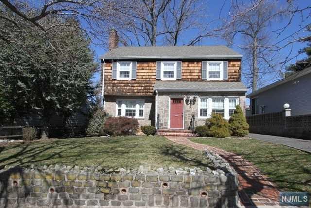 333 E Ruby Avenue, Palisades Park, NJ 07650 (#1810264) :: Group BK