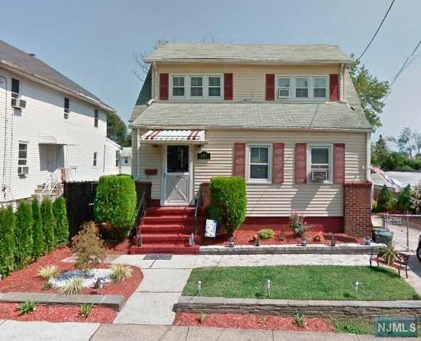 283 Crestview Place, Teaneck, NJ 07666 (#1810302) :: Group BK